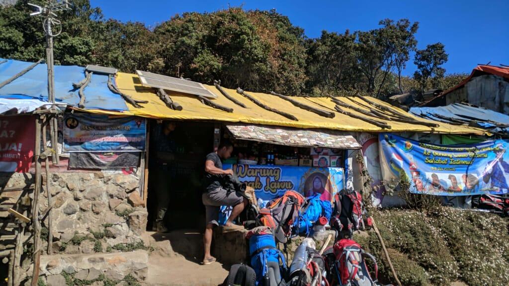 Warung Mbok yem gunung lawu