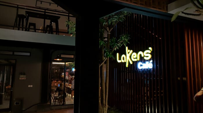 lakers cafe